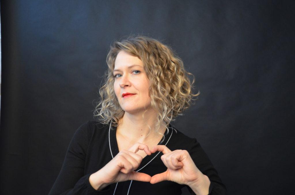 Ingrid vom Institut für Liebe